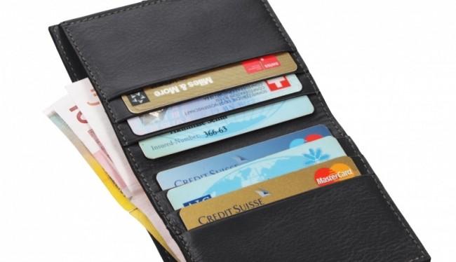 Altbekannt und bewährt: Kredit- und Bankomatkarten. BQ: lucrin.at