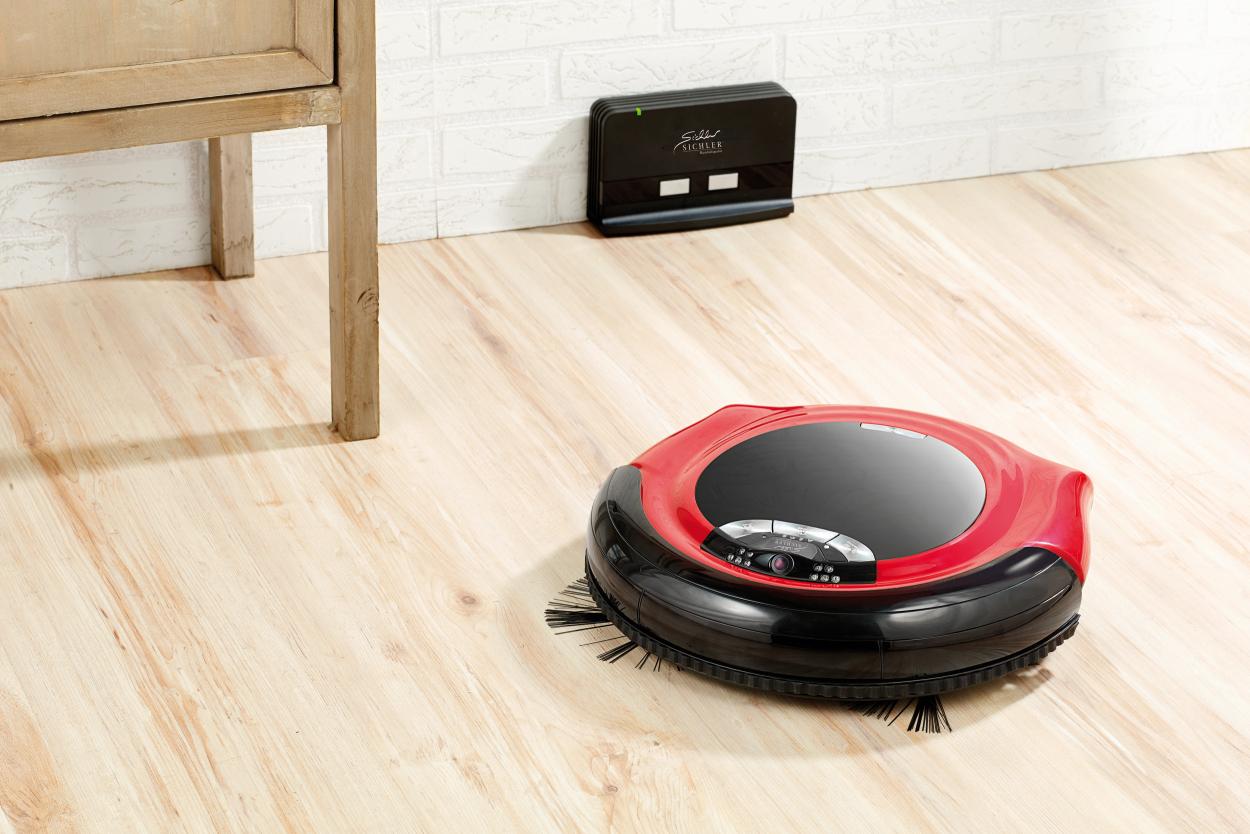 staubsauger roboter mit berwachungskamera und steuerung. Black Bedroom Furniture Sets. Home Design Ideas
