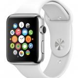 Warum die Apple Watch bereits jetzt Android Wear geschlagen hat