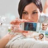 Immer mehr Handy-Benutzer leiden an Nomophobie. Bist auch du betroffen?