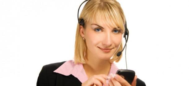 Verwende ein Headset, wenn du dich zu den Vieltelefonierern zählst! (Foto; iStockPhoto[NejroN])